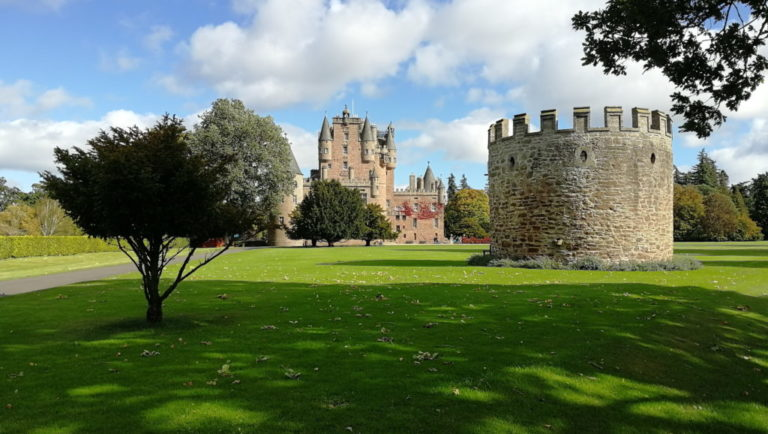 Замок Гламис